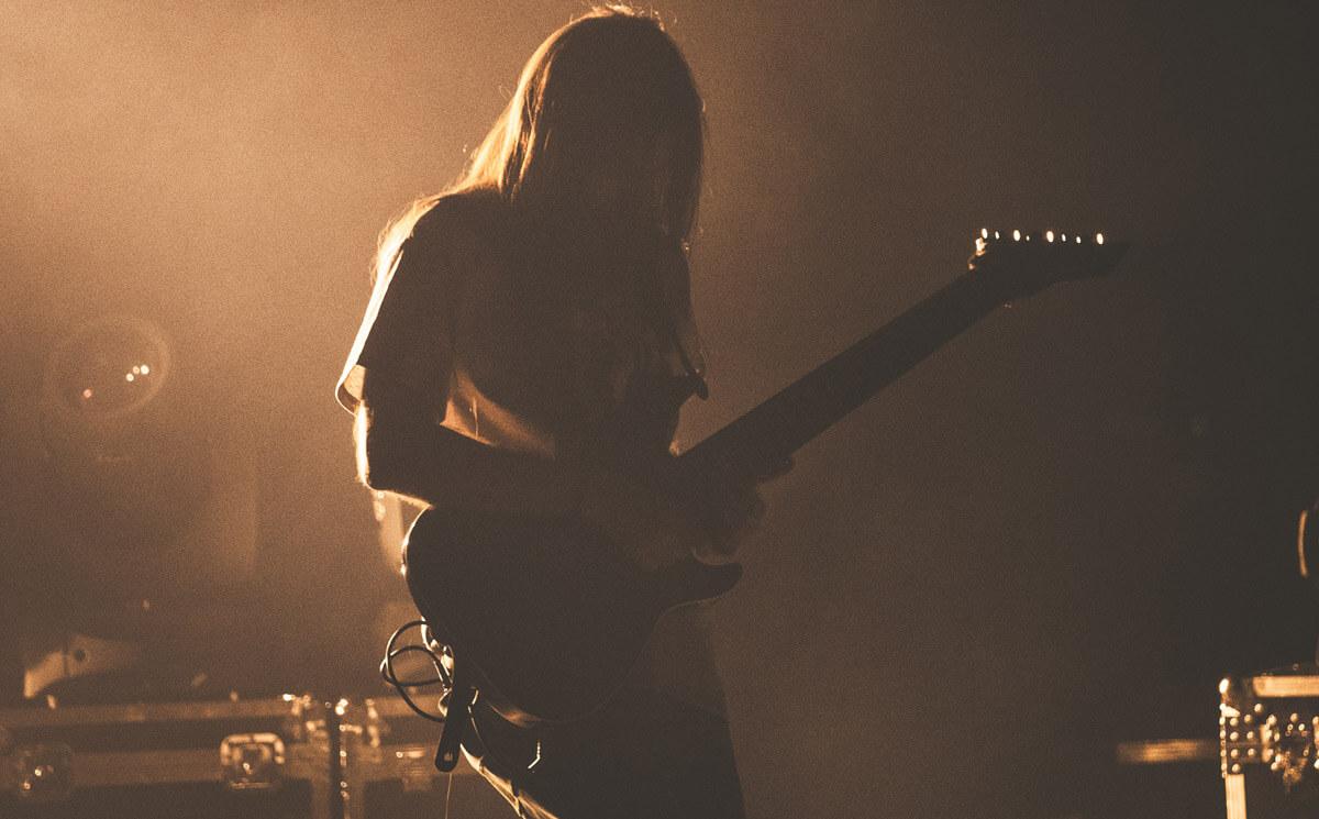 メタルギター